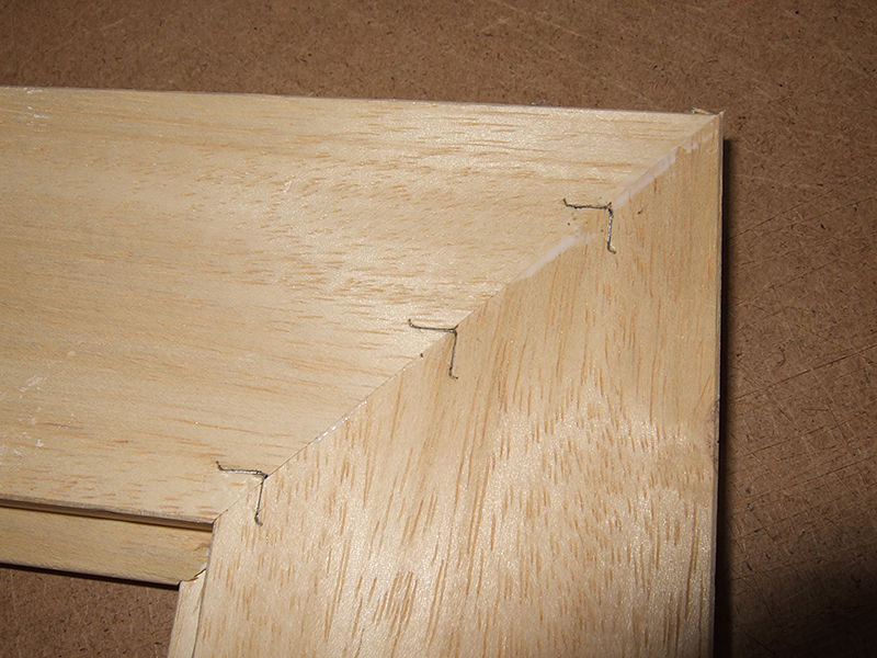 Picture Frame Construction Corner Joining With An Underpinner Uk