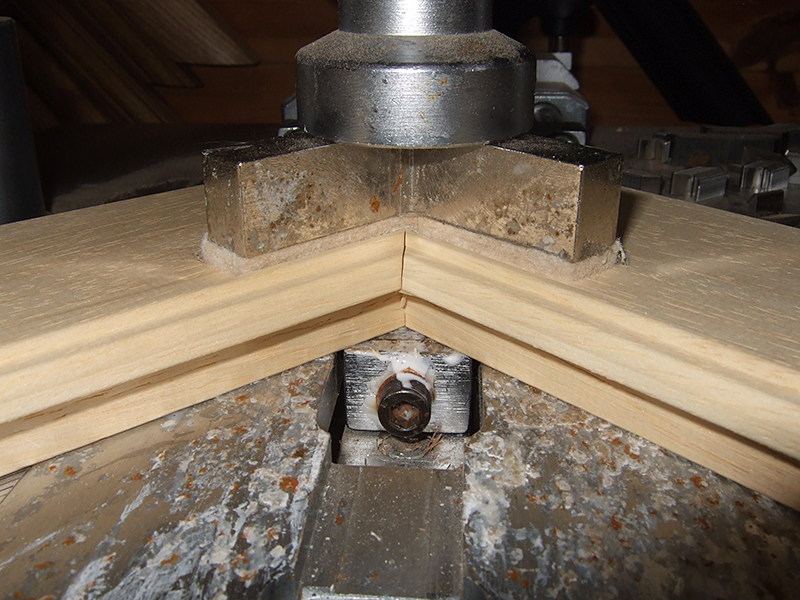 frame mitred joints on underpinner